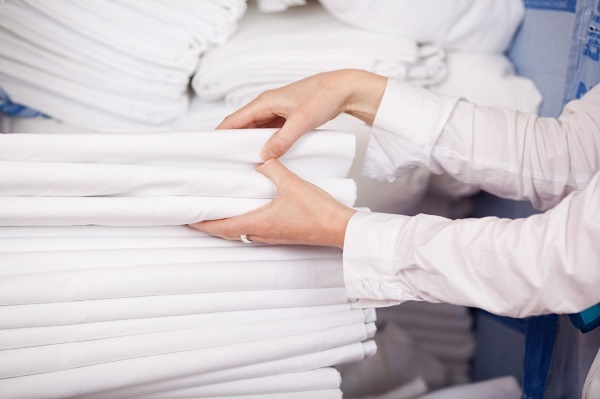 Стирка постельного белья в машинке: как выбрать температурный режим?