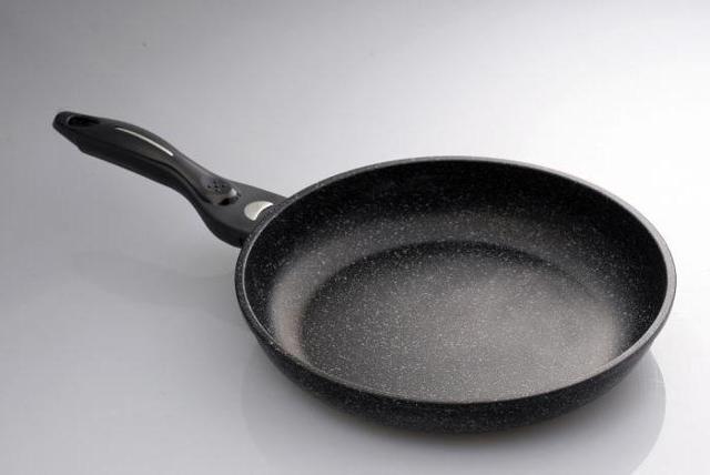 Сковорода с мраморным антипригарным покрытием: что это такое, плюсы и минусы сковородок с мраморной крошкой, какая фирма лучше