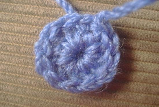 Плед из остатков пряжи: как связать крючком и спицами?