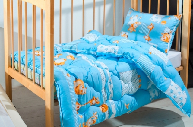 Размер детского одеяла: как правильно подобрать по возрасту?